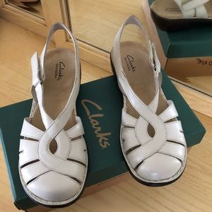Clark's sandals brand new